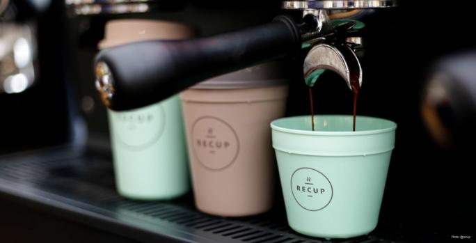 To-Go Cup Coffee Culture - 5 Sustainable Solutions